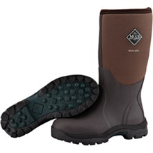 Winter womens wetlands tan bark